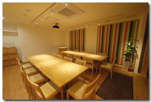 2_Photo_i-officeK_i-cafe_TableLayout-A1_P1090147_A-935x634 (1)